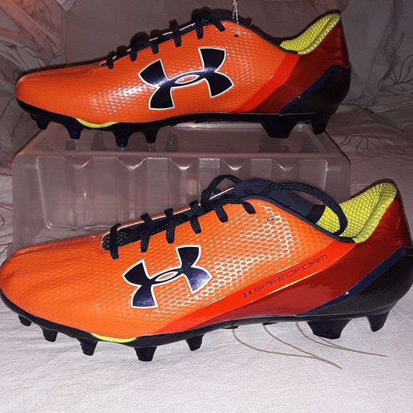 Under Armour Other - Under Armour orange red low top football cleat